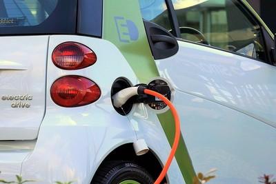 Batterien und Brennstoffzellen für die Autos von morgen: Neuer Online-Kurs bei edX