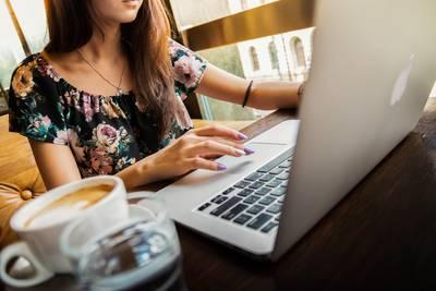 BWL online studieren: Diese 3 Möglichkeiten gibt es